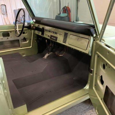 LAL-Customs-Ford-Bronco-Restoration-Custom-Metal-Body-26-70344760_1576282349176137_5838591740616900608