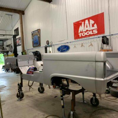 LAL-Customs-Ford-Bronco-Restoration-Custom-Metal-Body-26-70853567_1576282802509425_4003541799187513344