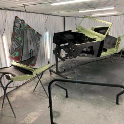LAL-Customs-Ford-Bronco-Restoration-Custom-Metal-Body-26-71215968_1576282699176102_6929385791667830784