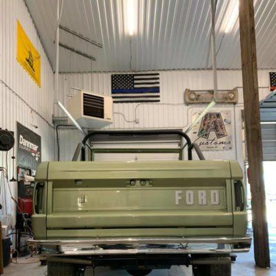 LAL-Customs-Ford-Bronco-Restoration-Custom-Metal-Body-26-71939751_1576282405842798_6805809356244779008