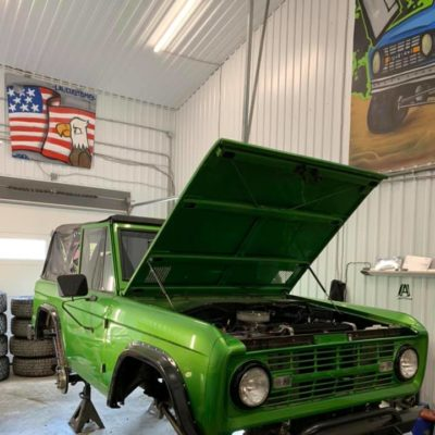 LAL-Customs-Ford-Bronco-Restoration-GreenMachine-65224557_1501858573285182_2647655430255280128_n