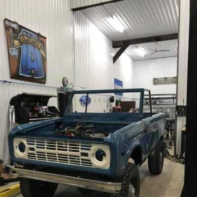 LAL-Customs-Ford-Bronco-Restoration-Pearl-Build-76693315_1631682783636093_2785427582995136512