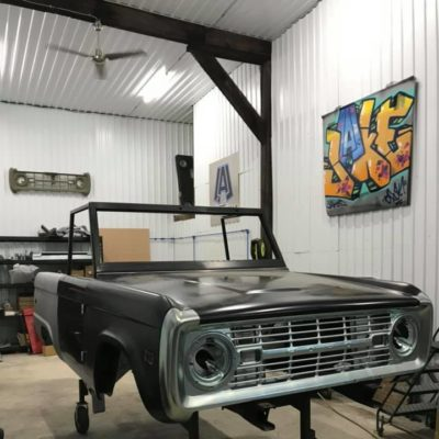 LAL-Customs-Ford-Bronco-Restoration-Pearl-Build-77157840_1631682056969499_3966974533528715264