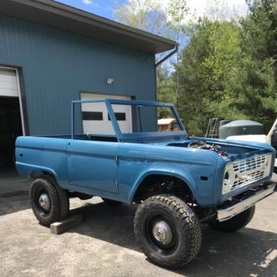 LAL-Customs-Ford-Bronco-Restoration-Pearl-Build-78281237_1631682930302745_5151064770421456896