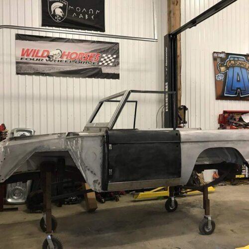 LAL-Customs-Ford-Bronco-Restoration-Lizzie-Build-107101063_1853596701444699_1456507251645849212_o