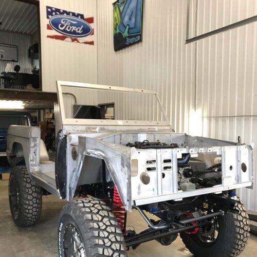 LAL-Customs-Ford-Bronco-Restoration-Lizzie-Build-107594112_1853595188111517_1295311793606066938_o