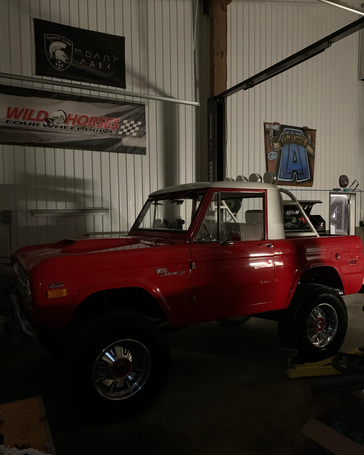 LAL-Customs-Ford-Bronco-Restoration-T-Man-Build-22