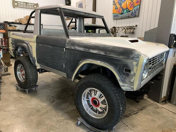 LAL-Customs-Ford-Bronco-Restoration-T-Man-Build-34