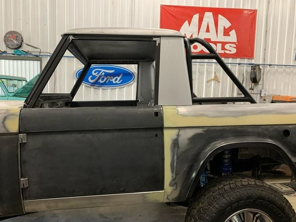 LAL-Customs-Ford-Bronco-Restoration-T-Man-Build-37
