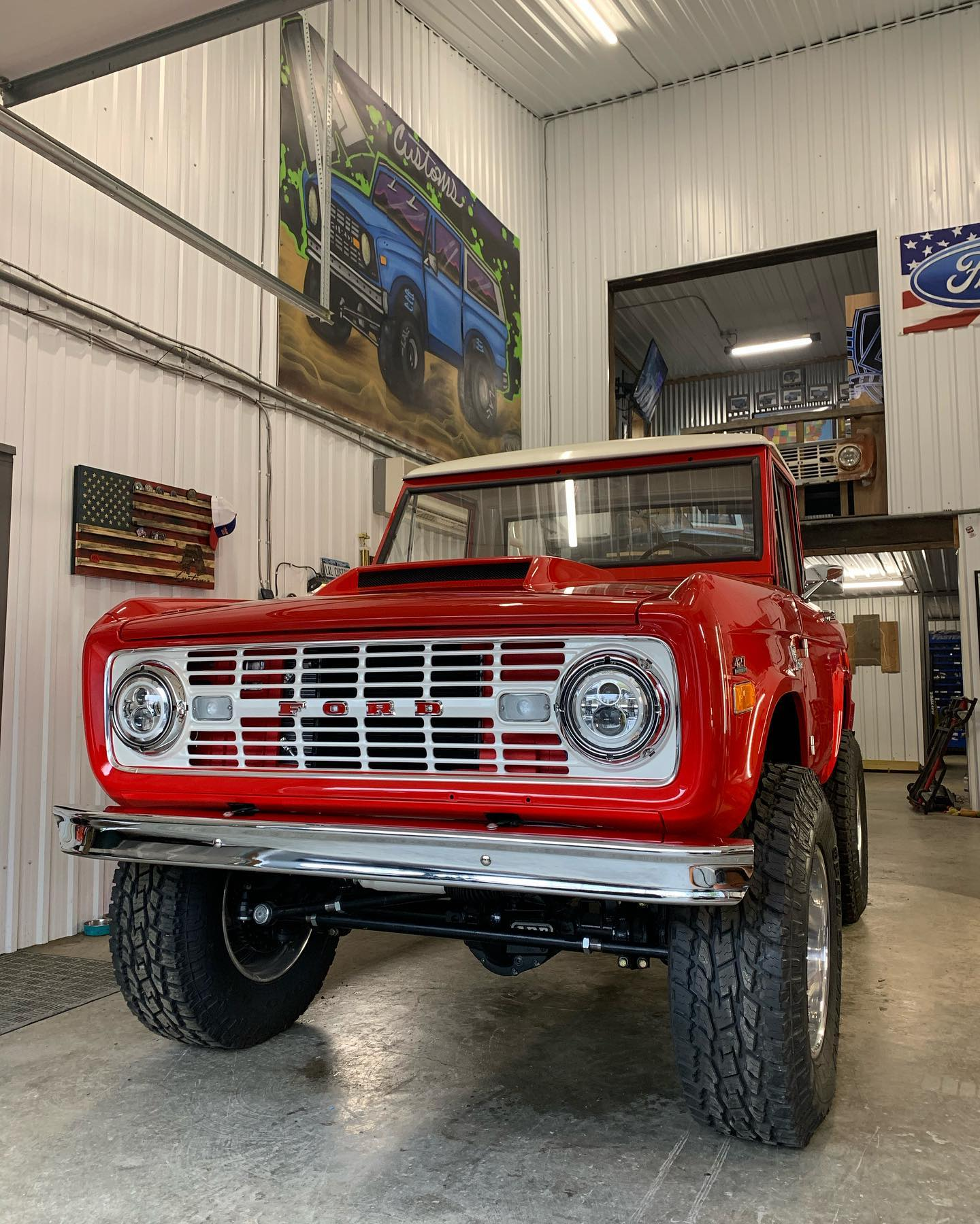 LAL-Customs-Ford-Bronco-Restoration-T-Man-Build-8