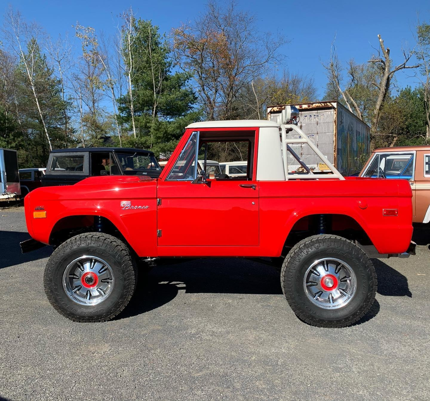 LAL-Customs-Ford-Bronco-Restoration-T-Man-Build-9
