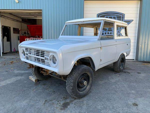 Denver Build Ford Bronco Restoration by LALCustoms